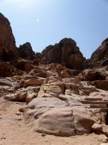 犠牲祭壇への階段