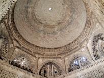 イスマイール・サーマーニ廟内部