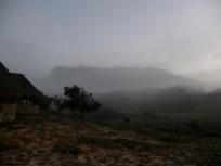 日の出前のソロロパン・テプイ