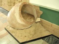 小麦の入っていた壺