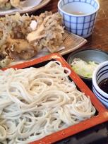 舞茸の天ぷらとお蕎麦