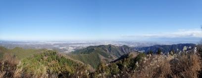 景信山山頂より
